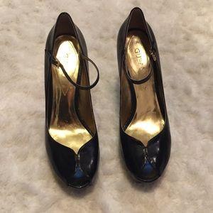 GUESS by Marciano Open toe platform heels, sz  9.5